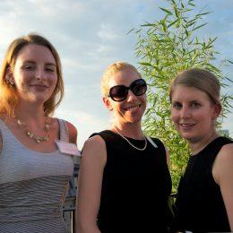 Kathryn, Courtney & Anneke